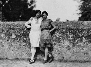 tina-modotti-and-frida-kahlo